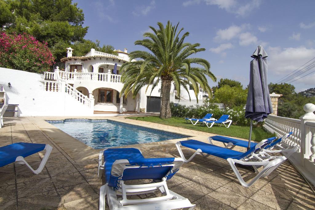 Villa irena,Prachtige en comfortabele villa  met privé zwembad in Benissa, aan de Costa Blanca, Spanje voor 10 personen...