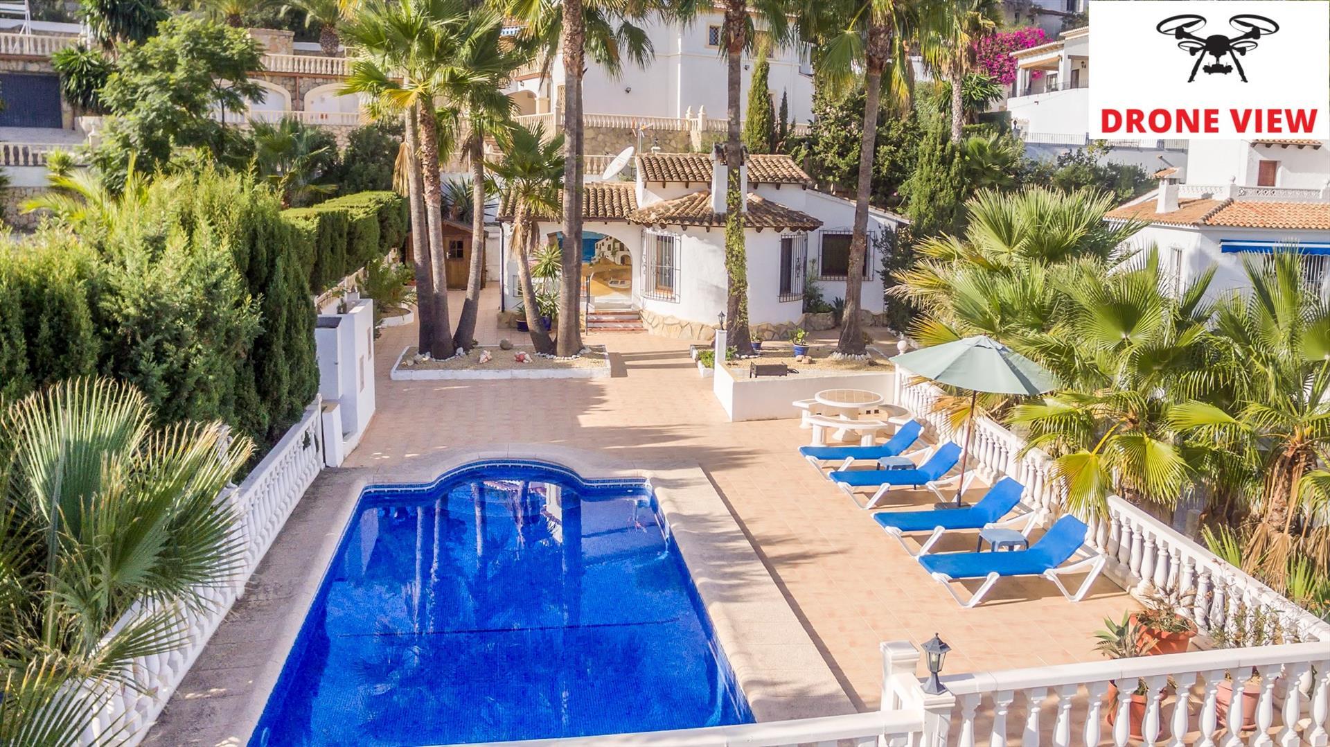 Villa ricarda,Prachtige en comfortabele villa in Benissa, aan de Costa Blanca, Spanje  met privé zwembad voor 4 personen...