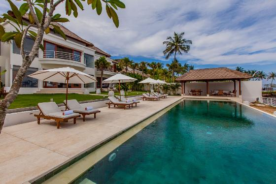 Lucia Beachfront, Large and luxury villa  with private pool in Candidasa, Bali, Indonesia for 8 persons...