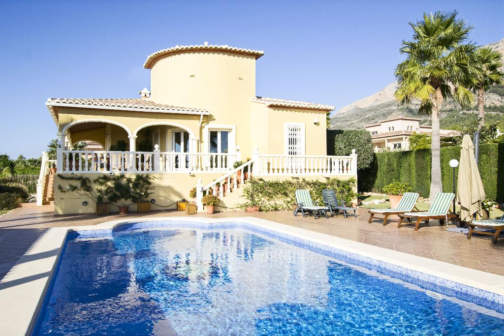 Casa klarrisa,Large and comfortable villa in Javea, on the Costa Blanca, Spain  with private pool for 10 persons...
