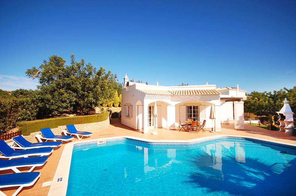 Villa albufeira ls434, Wonderful and comfortable villa in Albufeira, on the Algarve, Portugal  with private pool for 6 persons...