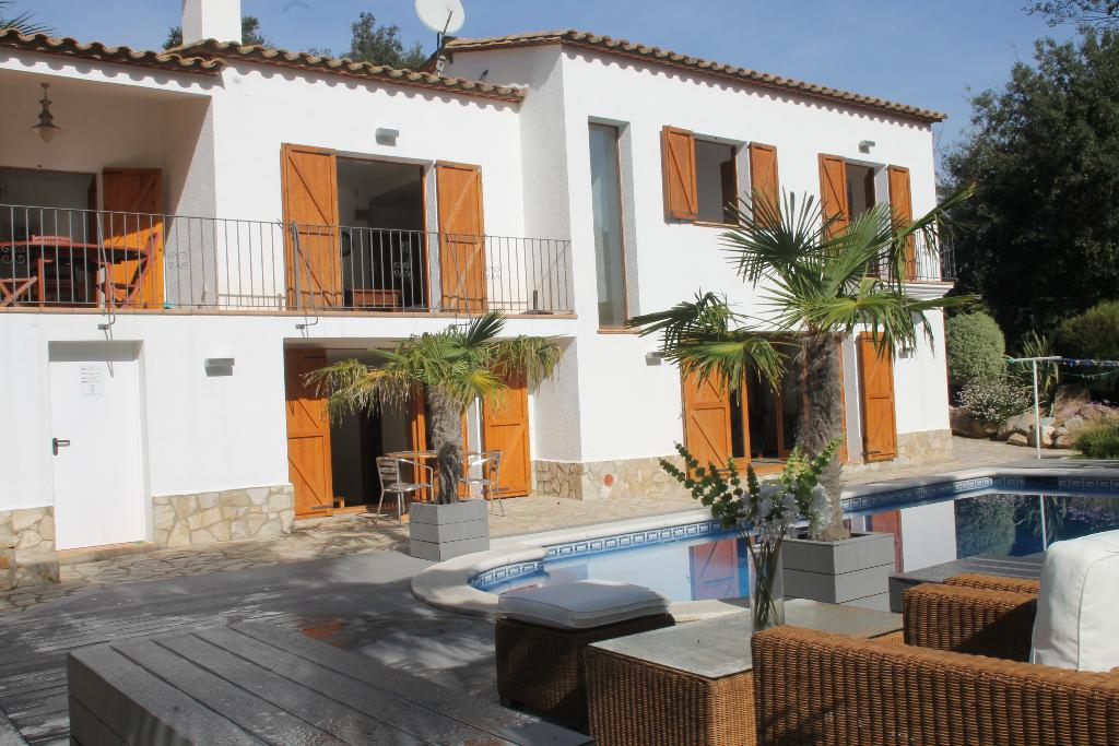 Villa francisco, Wonderful and cheerful villa  with private pool in Calonge, Catalonia, Spain for 10 persons...