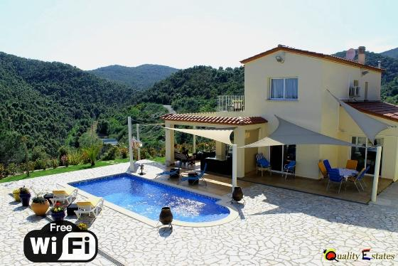 Villa rosa, Wonderful and romantic villa in Calonge, Catalonia, Spain  with private pool for 8 persons...