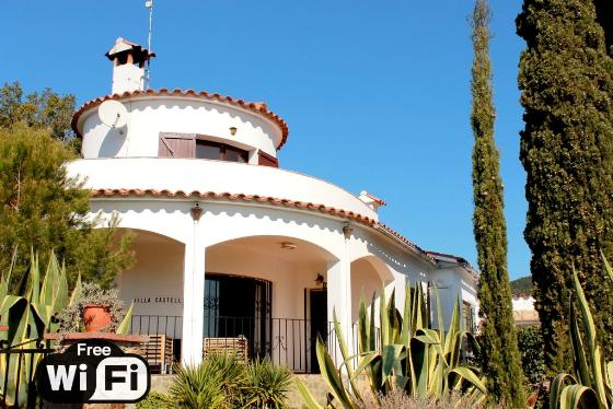 Villa castell, Rustic and nice villa  with private pool in Calonge, Catalonia, Spain for 8 persons...