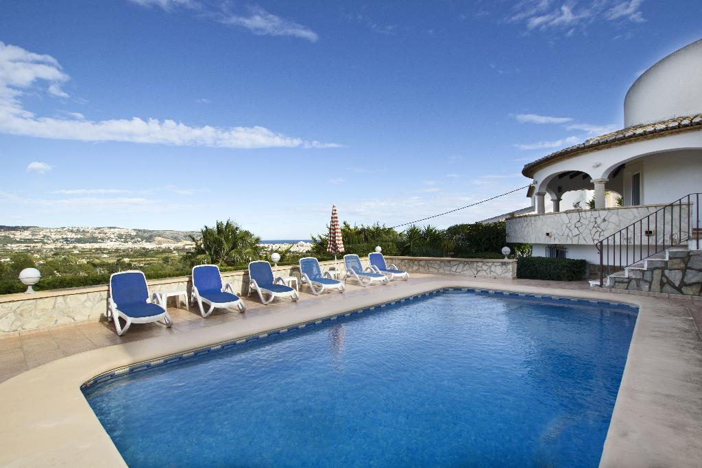 Casa Sarah, Beautiful and cheerful villa in Javea, on the Costa Blanca, Spain  with private pool for 6 persons.....