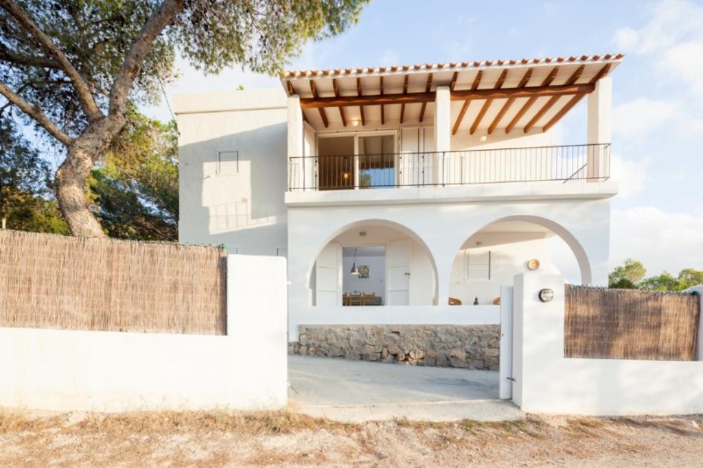 315,Villa  with private pool in Cala Bassa, Ibiza, Spain for 5 persons...