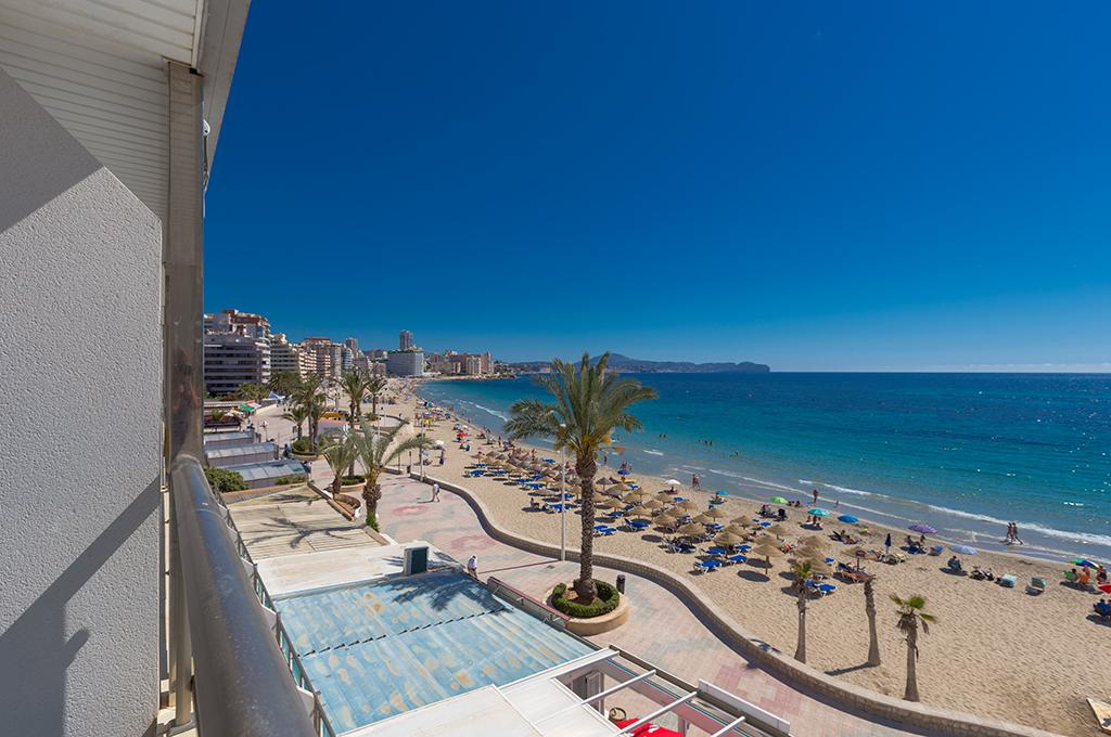Frentemar II 4, Apartment in Calpe, on the Costa Blanca, Spain  with communal pool for 4 persons.....