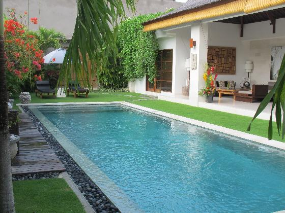 Chocolat 2BR, Large and luxury villa in Seminyak, Bali, Indonesia  with private pool for 4 persons...