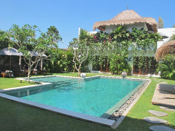 Chocolat 6BR, Large and luxury villa in Seminyak, Bali, Indonesia  with private pool for 12 persons...