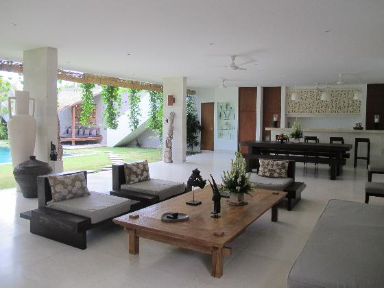 Chocolat 8BR, Large and luxury villa in Seminyak, Bali, Indonesia  with private pool for 16 persons...