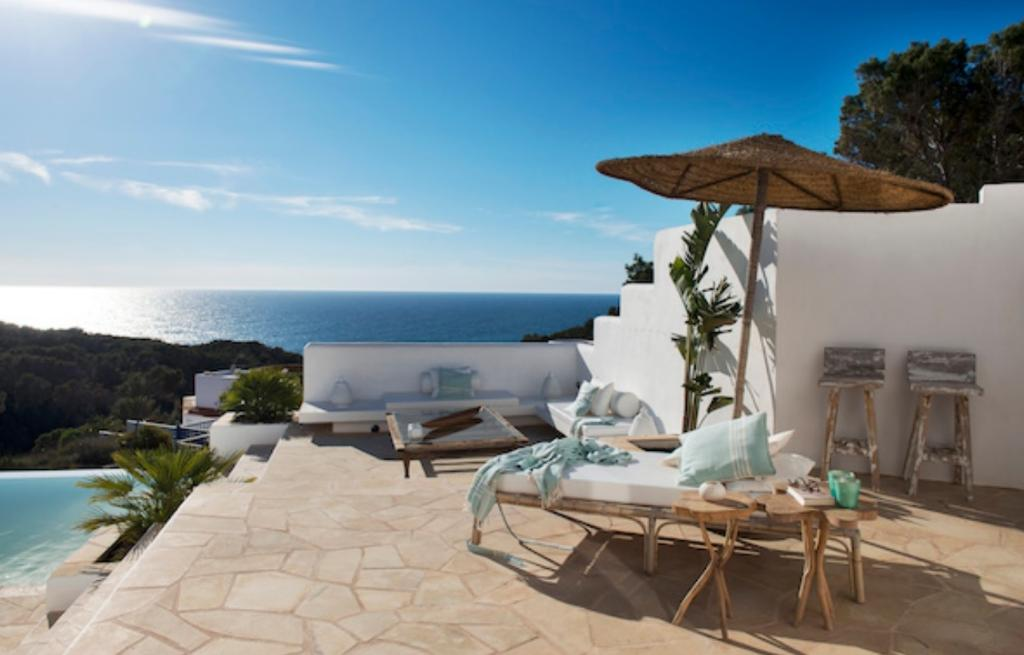 318 6p, Villa  with private pool in Cala Vadella, Ibiza, Spain for 6 persons...