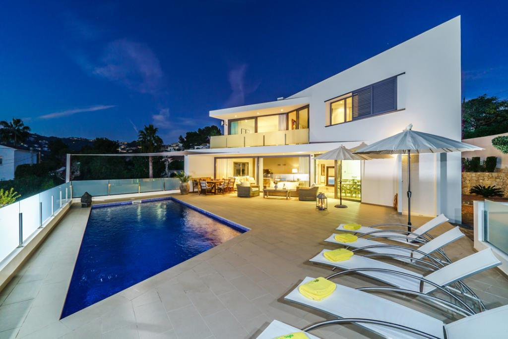 Villa Aladroc 8, Lovely and comfortable luxury villa  with private pool in Moraira, on the Costa Blanca, Spain for 8 persons.....