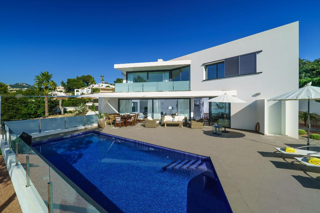 Villa Aladroc 6, Beautiful and  luxury villa in Moraira, on the Costa Blanca, Spain  with private pool for 6 persons.....