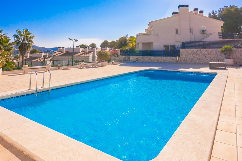 Oviedo 6, Modern and comfortable holiday home  with communal pool in Teulada, on the Costa Blanca, Spain for 6 persons.....