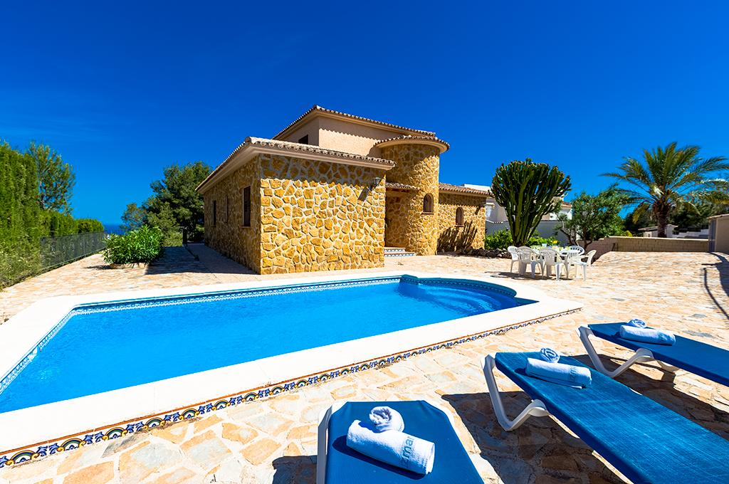 Castellet 8, Large and comfortable villa in Benissa, on the Costa Blanca, Spain  with private pool for 8 persons...