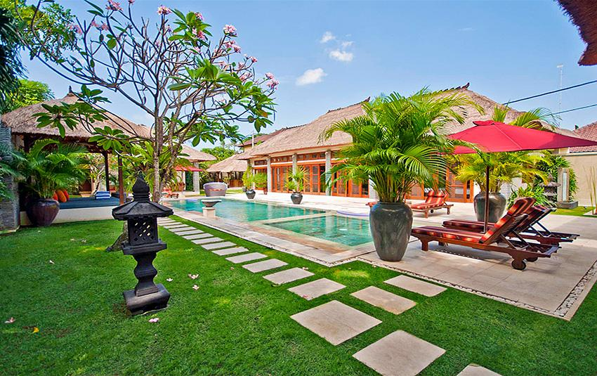 Antan, Beautiful and luxury villa  with private pool in Seminyak, Bali, Indonesia for 8 persons...