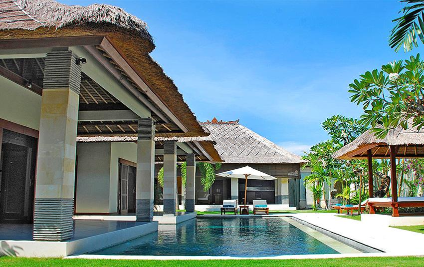Cinta Bugis, Wonderful and cheerful villa  with private pool in Seminyak, Bali, Indonesia for 6 persons...