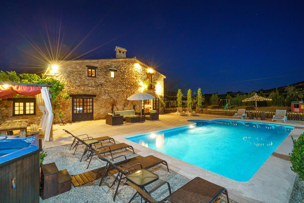 LA FINCA BELLA 4PAX, Wonderful and luxury villa  with private pool in Denia, on the Costa Blanca, Spain for 4 persons...