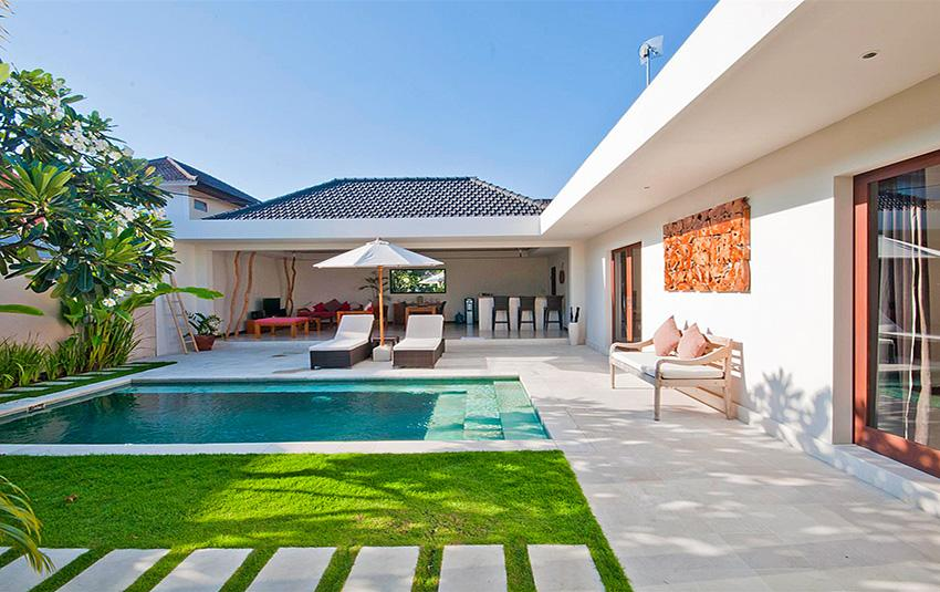 Umah Kupu Kupu 4BR, Beautiful and luxury villa in Seminyak, Bali, Indonesia  with private pool for 8 persons...