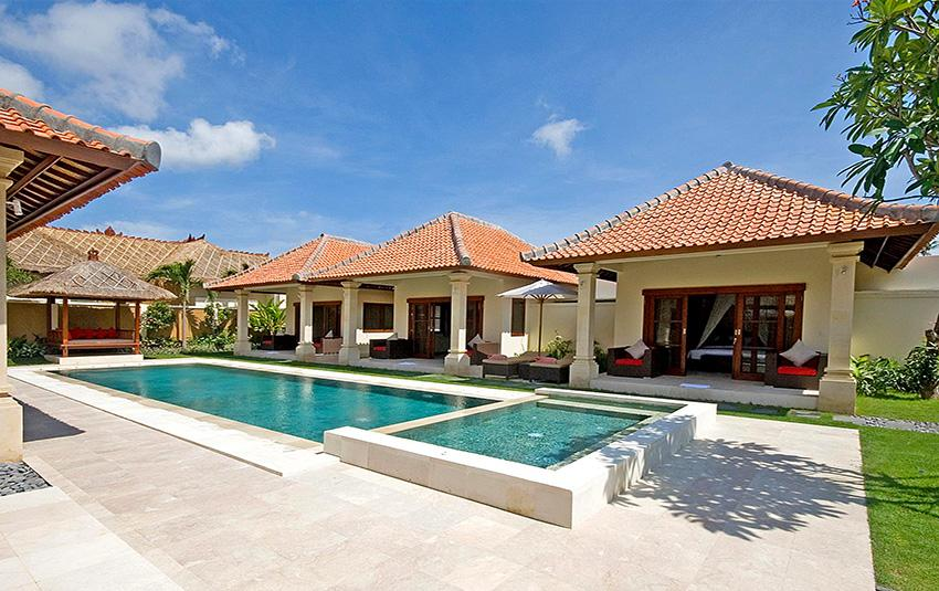 Santi, Beautiful and luxury villa  with private pool in Seminyak, Bali, Indonesia for 8 persons...