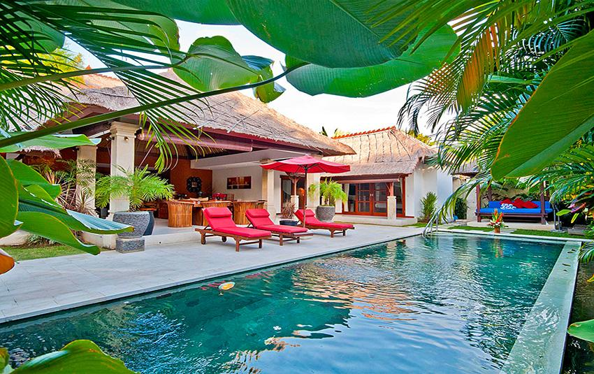 Olive,Beautiful and luxury villa  with private pool in Seminyak, Bali, Indonesia for 6 persons...