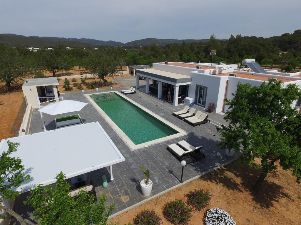 836 10p, Villa  with private pool in San Rafael, Ibiza, Spain for 10 persons...