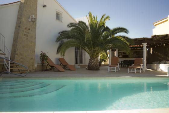 Chill Out invierno, Wonderful and luxury villa  with private pool in Alfaz Del Pi, on the Costa Blanca, Spain for 8 persons.....