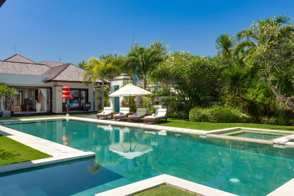 Sunset 2br, Large and luxury villa  with private pool in Nusa Dua, Bali, Indonesia for 4 persons...