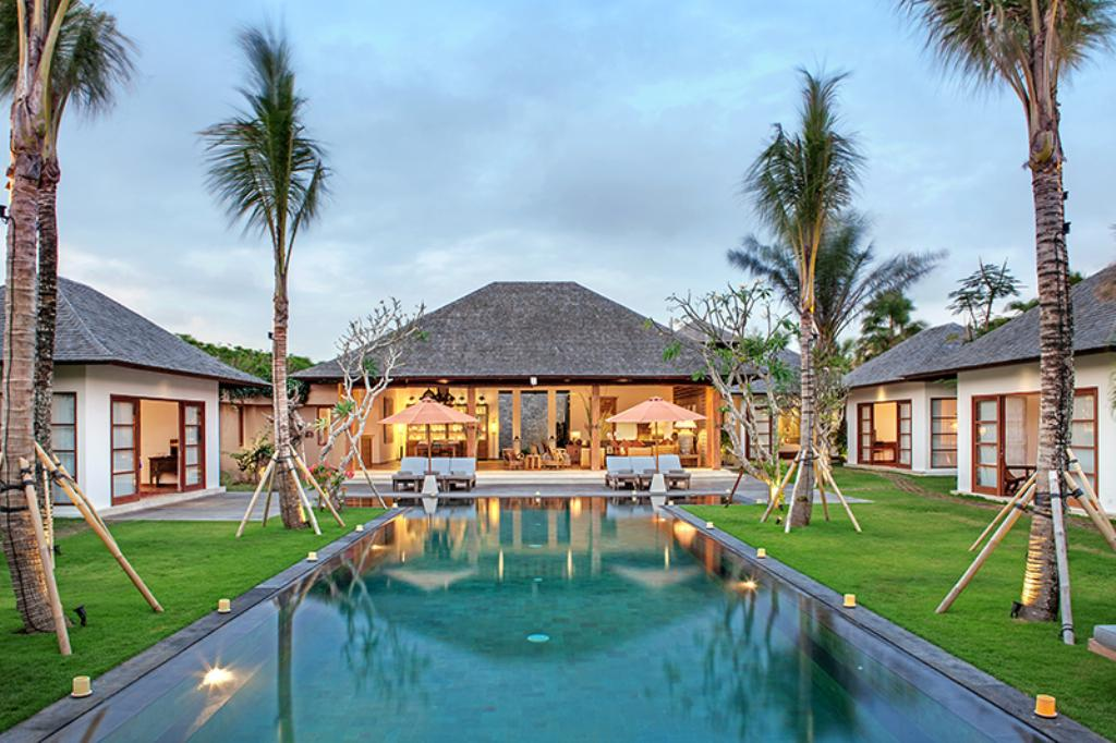 Tiga Puluh, Large and luxury villa  with private pool in Seminyak, Bali, Indonesia for 14 persons...