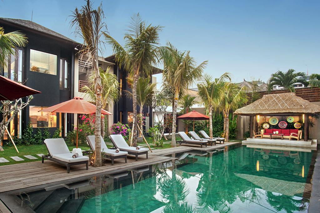 Abakoi, Beautiful and luxury villa  with private pool in Seminyak, Bali, Indonesia for 12 persons...