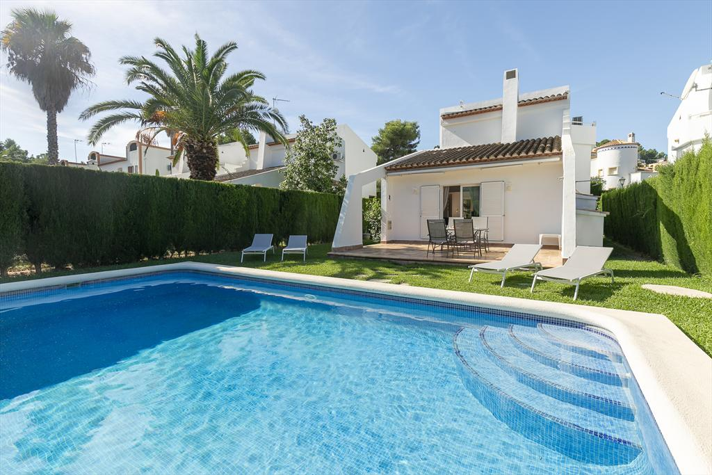 El Pinaret, Beautiful and classic villa in Denia, on the Costa Blanca, Spain  with private pool for 6 persons.....