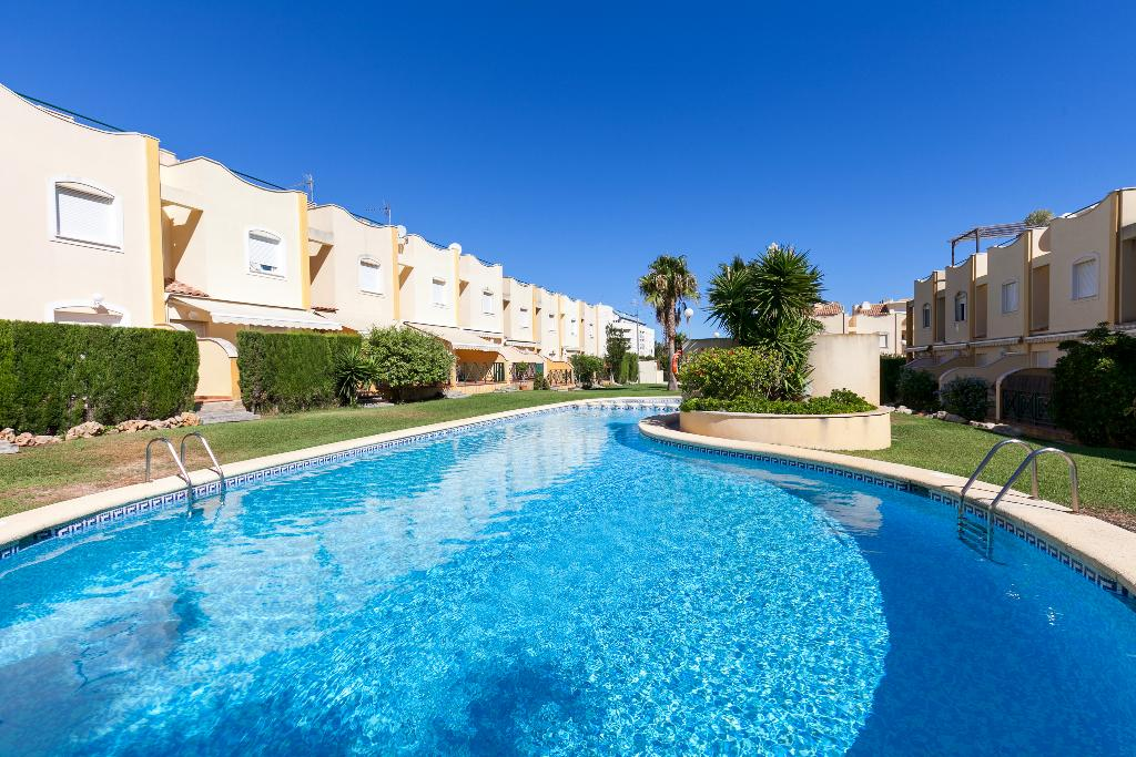 Casa amarilla, Wonderful and comfortable holiday home  with communal pool in Denia, on the Costa Blanca, Spain for 6 persons...