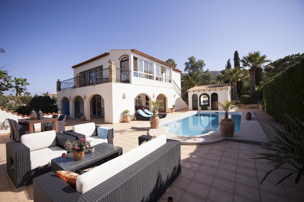 Albir Paradise, Beautiful and comfortable villa  with private pool in Albir, on the Costa Blanca, Spain for 6 persons.....