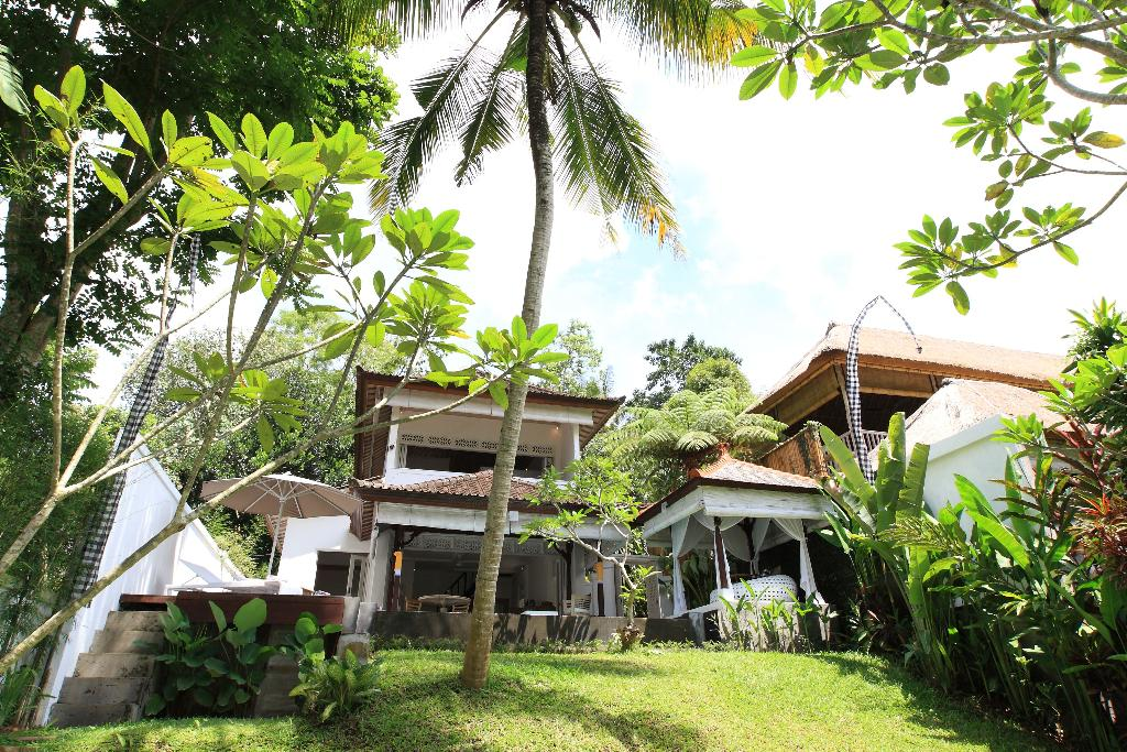 Shamballa Moon, Beautiful and romantic villa in Ubud, Bali, Indonesia  with private pool for 2 persons...
