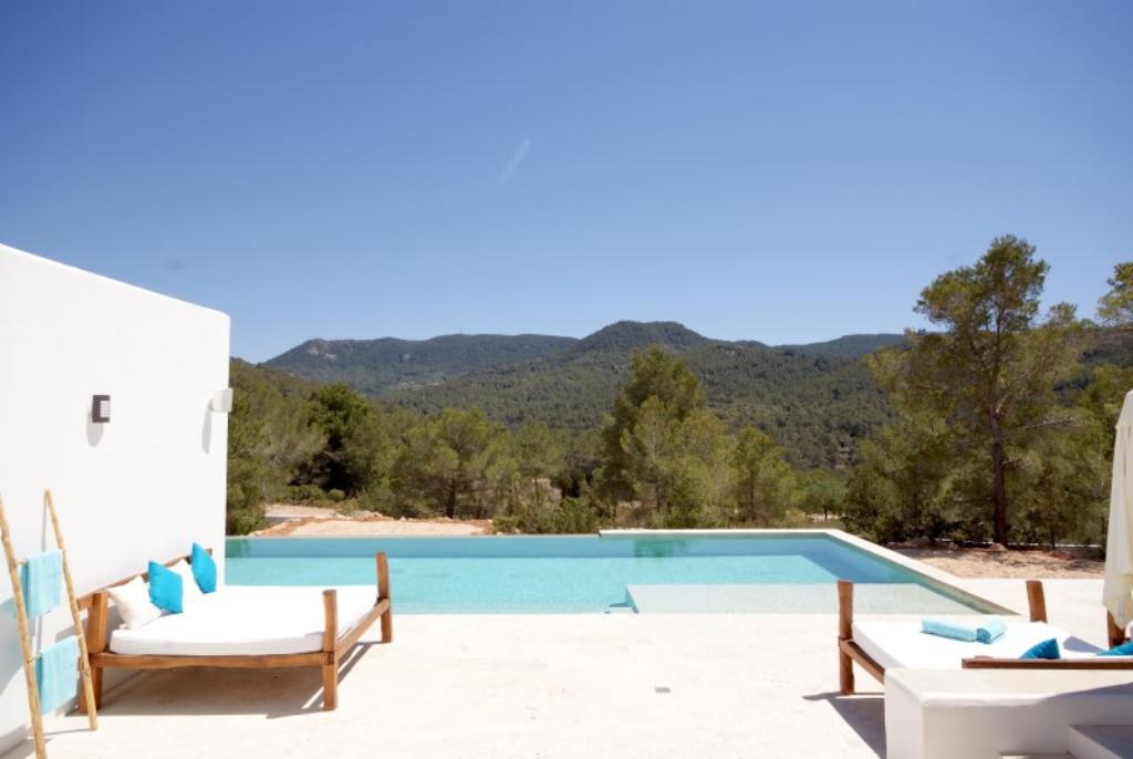 868, Large and comfortable villa  with private pool in Cala Tarida, Ibiza, Spain for 10 persons...