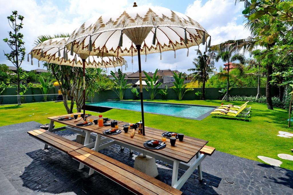 Del Boca,Villa maravillosa y de lujo  con piscina privada en Canggu, Bali, Indonesia para 8 personas...