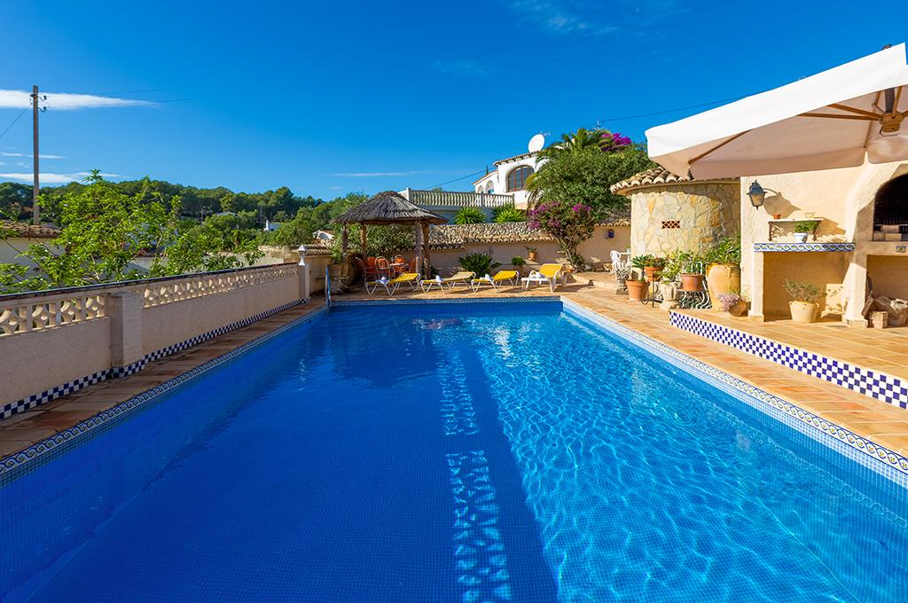 Morewood 8, Villa with private pool in Benissa, on the Costa Blanca, Spain for 8 persons. The villa is situated in a hilly, wooded and.....