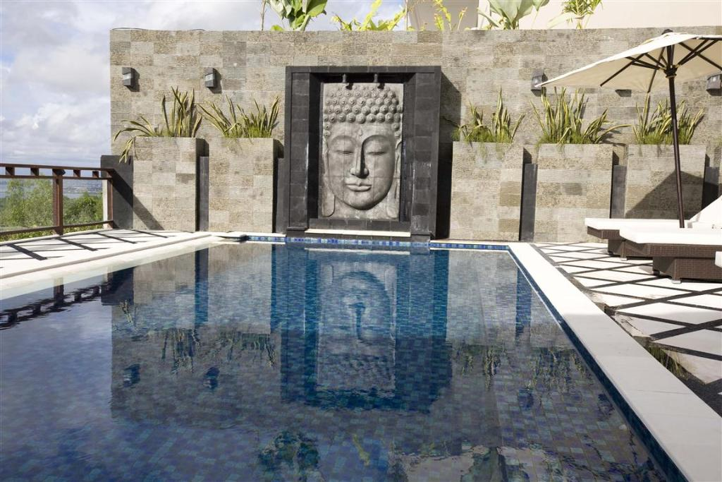 Queen, Large and luxury villa  with private pool in Jimbaran, Bali, Indonesia for 12 persons...