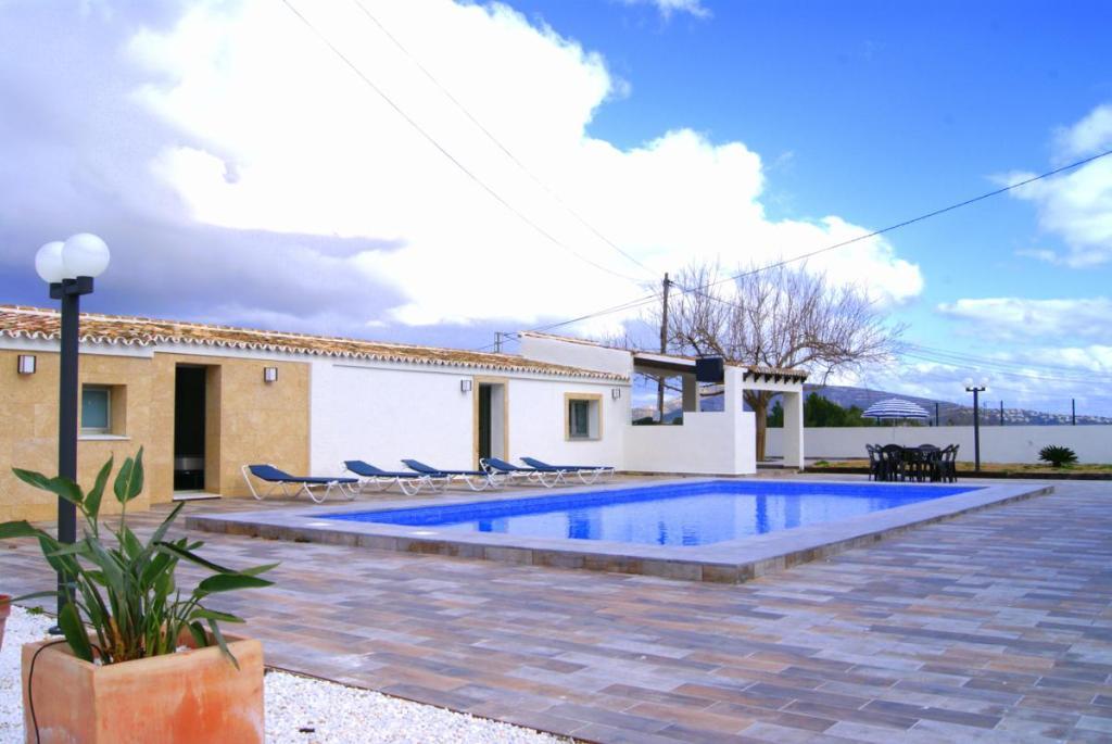 Casa tosca 3002,Villa moderna y graciosa en Teulada, en la Costa Blanca, España  con piscina privada para 14 personas...