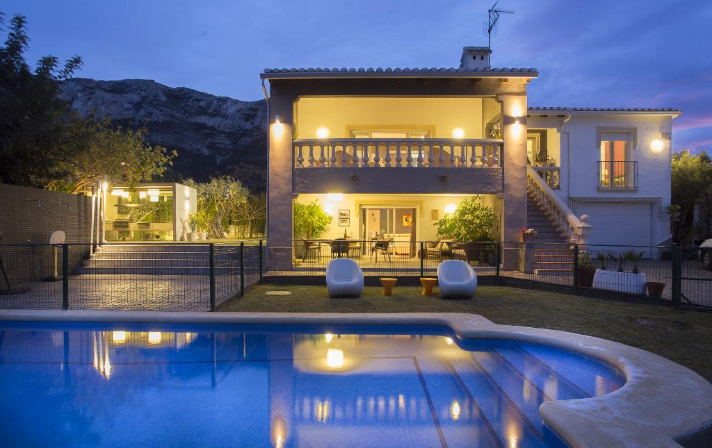 Aurora, Modern and comfortable villa in Denia, on the Costa Blanca, Spain  with private pool for 6 persons.....