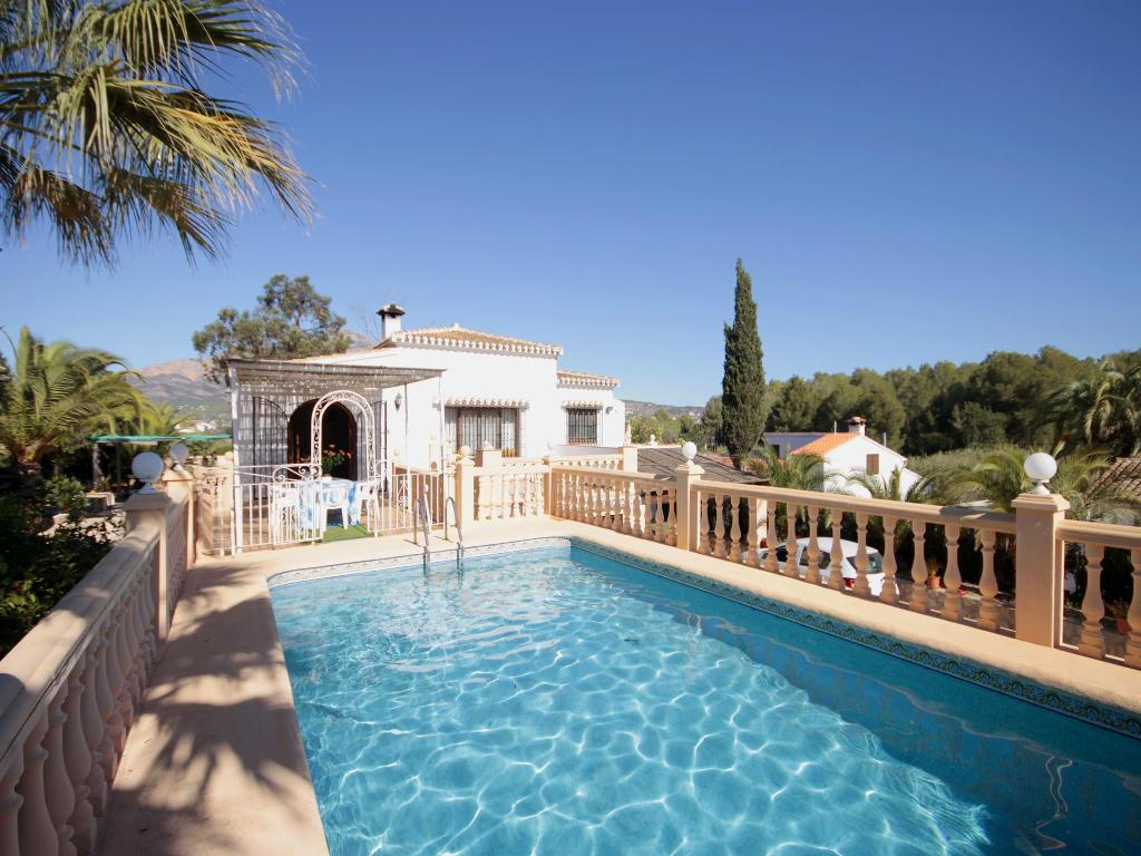 Jacaranda,Rustic and classic villa with private pool in Javea, on the Costa Blanca, Spain for 6 persons. The villa is situated in.....