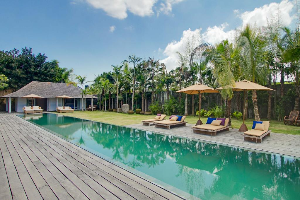 Clarisse, Large and luxury villa  with private pool in Seminyak, Bali, Indonesia for 8 persons...
