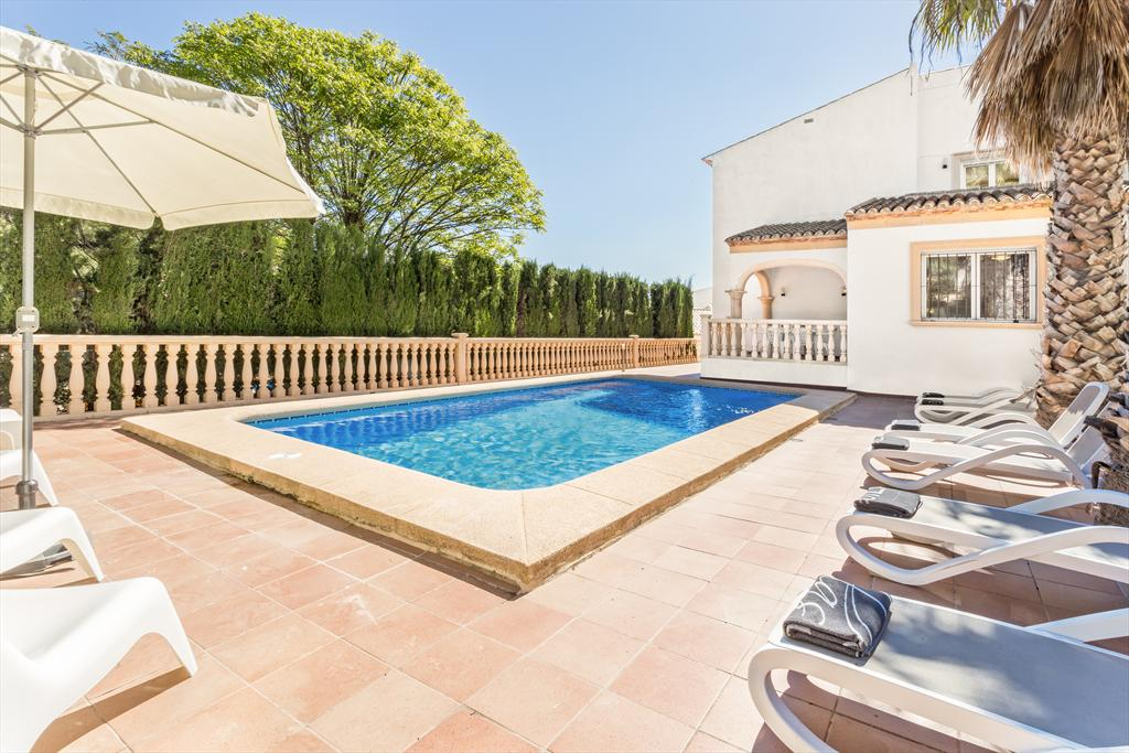 Monte Violeta, Classic and nice holiday home in Javea, on the Costa Blanca, Spain  with private pool for 6 persons...