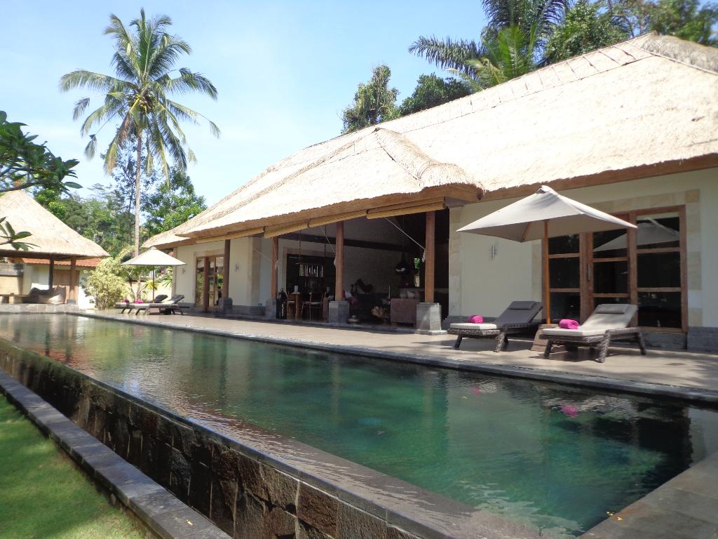 Umah Bamboo 1BR, Large and luxury villa  with private pool in Ubud, Bali, Indonesia for 2 persons...