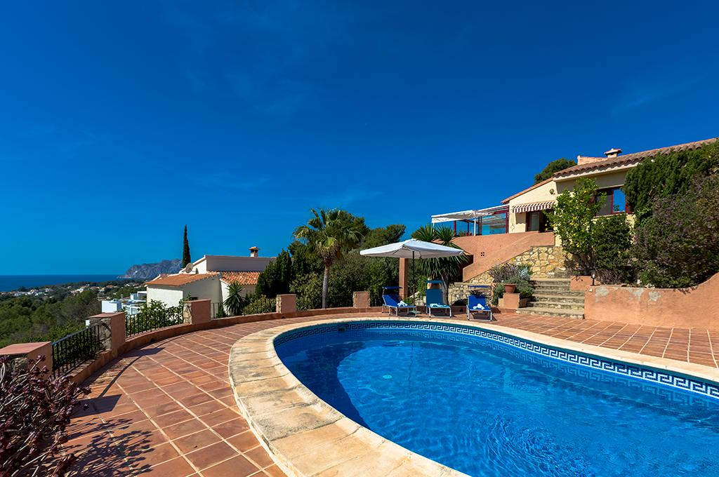 Lucas 6, Beautiful and cheerful villa  with private pool in Benissa, on the Costa Blanca, Spain for 6 persons...