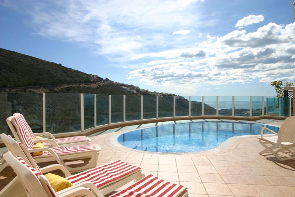 Villa Vista Portet LT,Villa preciosa y acogedora con piscina privada en Moraira, en la Costa Blanca, España para 6 personas. La villa está.....