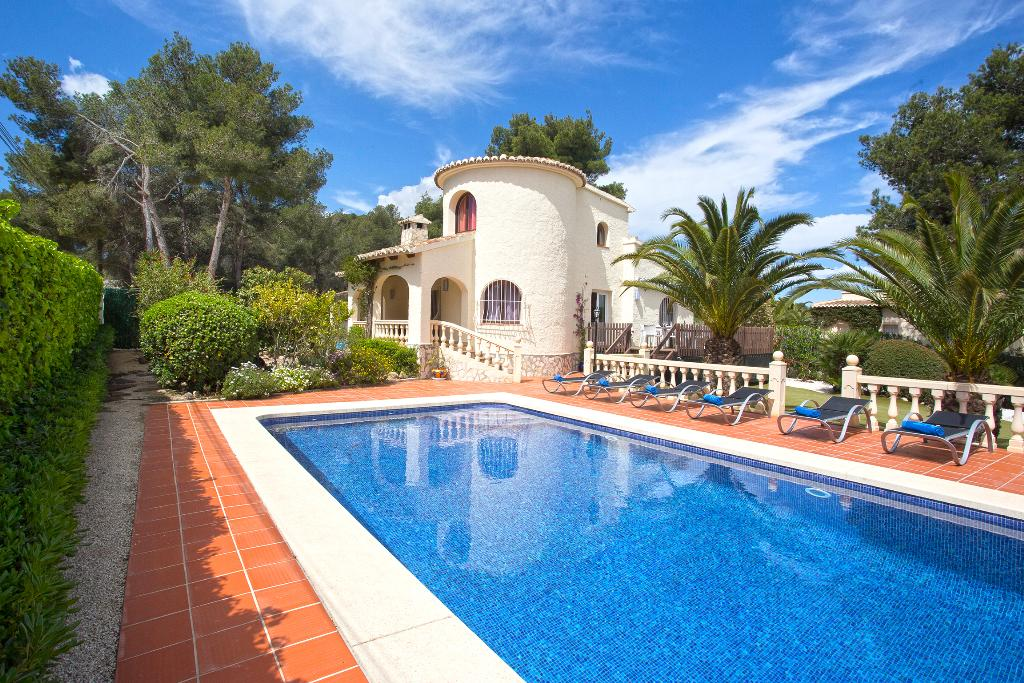 Famanito 6 pax, Beautiful and comfortable villa  with private pool in Javea, on the Costa Blanca, Spain for 6 persons.....