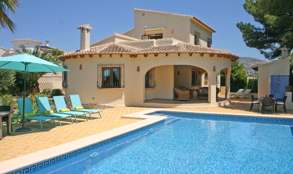 Casa El Bosque 6,Villa  with private pool in Moraira, on the Costa Blanca, Spain for 6 persons...