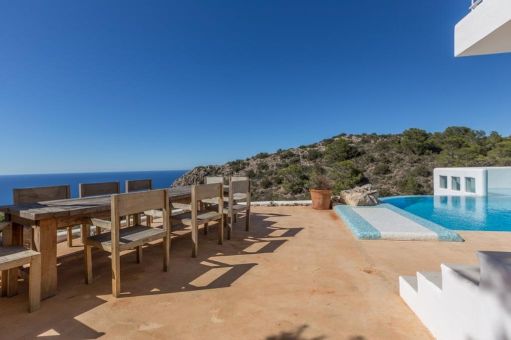 842, Beautiful and comfortable villa in San Miguel, Ibiza, Spain  with private pool for 10 persons...