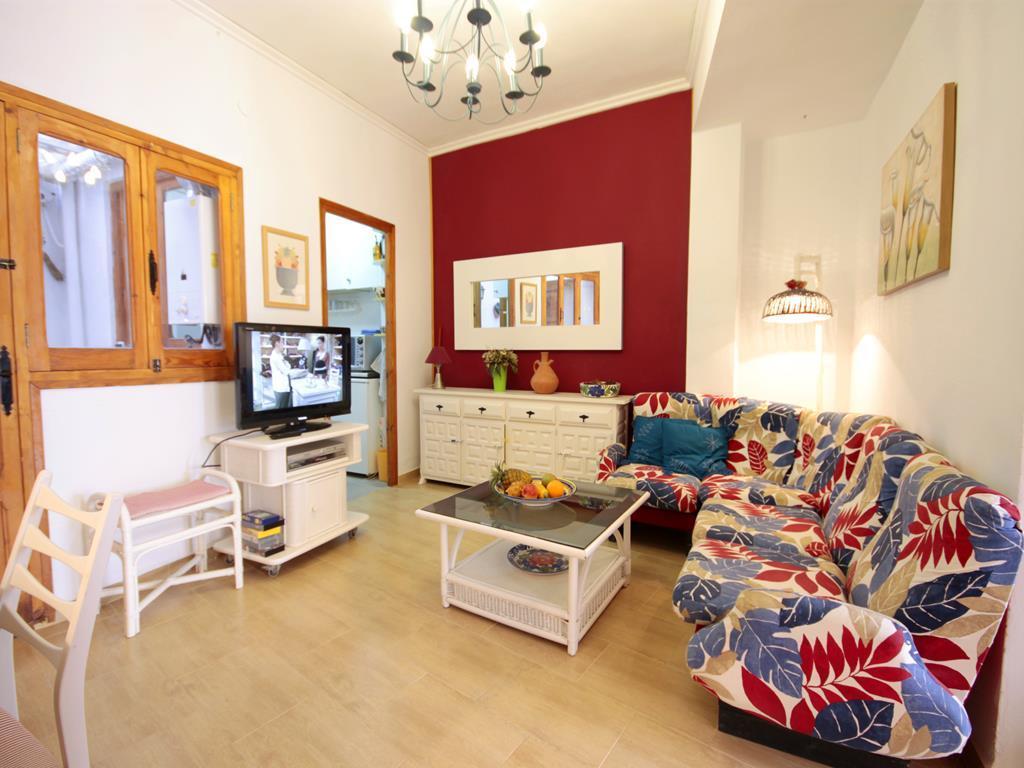 Yolanda,Apartamento bonito y acogedor en Jávea, Alicante para 5 personas. El apartamento está situado en una zona.....